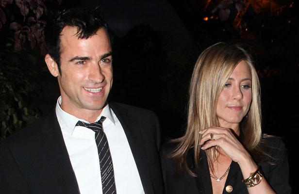 Jennifer Aniston dit oui à Justin Theroux